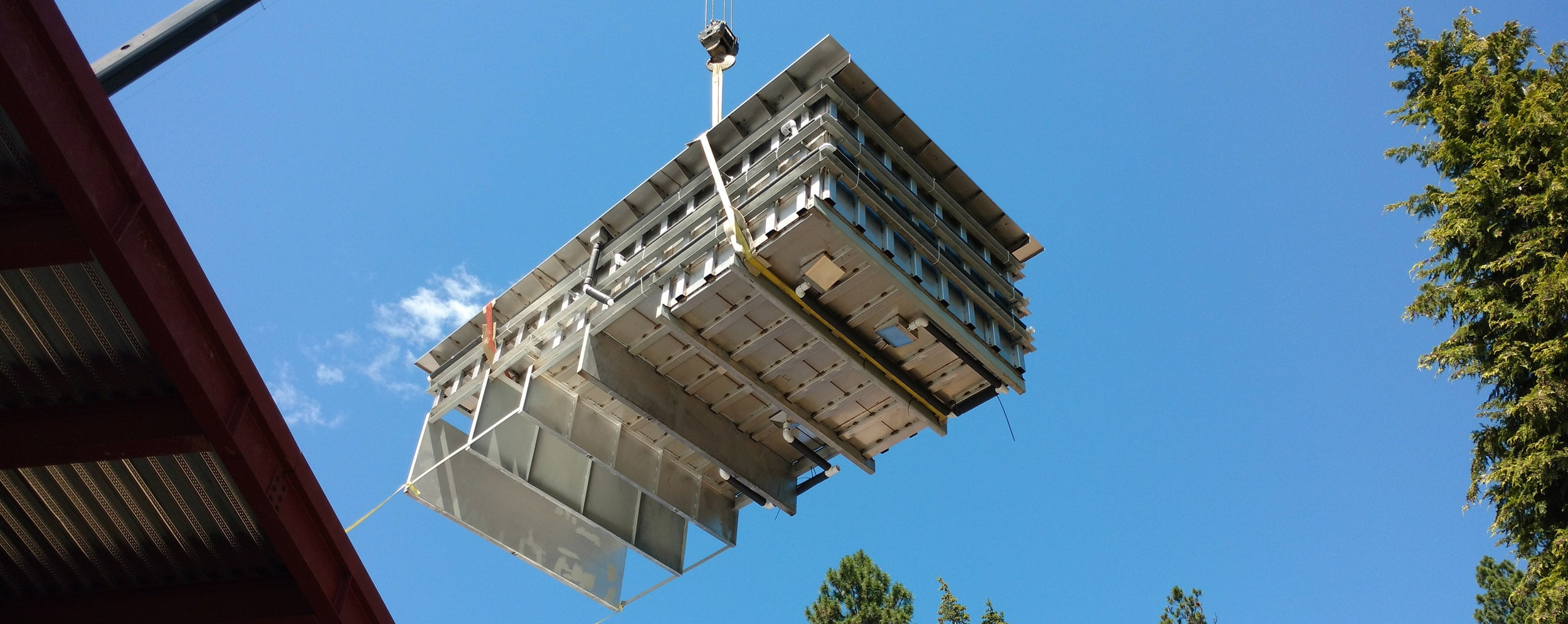 tesoro hot tub crane